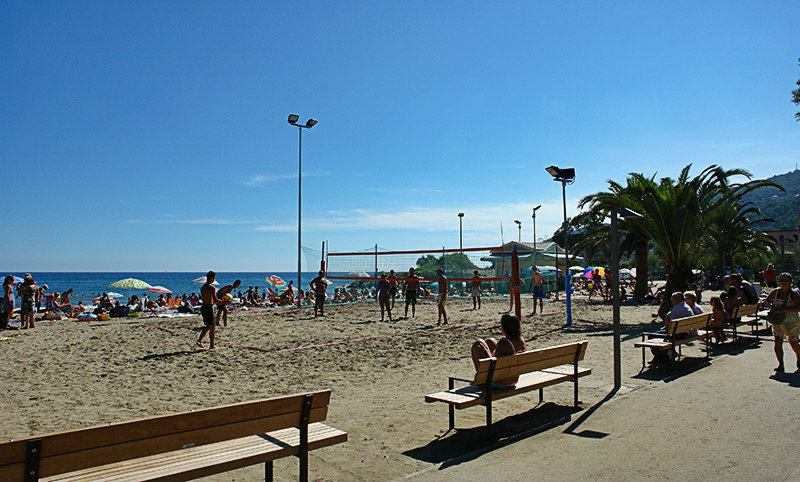 Beach Volleyball net in Andora
