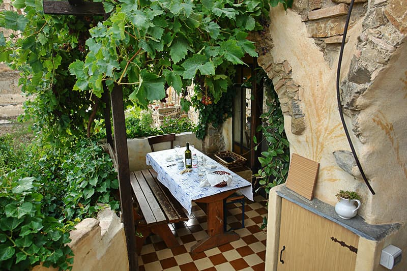 A restaurant in Bussana Vecchia which offers ligurian culinary specialties