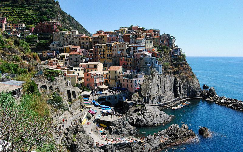 a beautiful view of a perfect holiday destination Cinque Terre