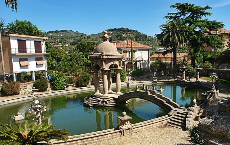 A garden with a fountain of Villa Grock, The clown museum in Imperia