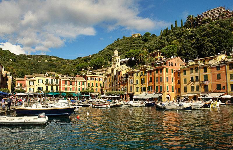 A beautiful view of the houses and the sea in Portofino