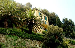 Holiday home directly by the sea with a view over the Portofino Peninsula in Liguria