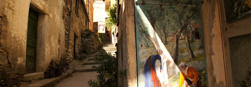 Day trips to Valloria or other villages, museums and parks in perfect way to discover Liguria