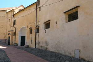 Convento di Santa Chiara Churches in Liguria