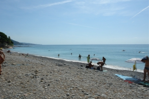 Latte beaches with no admission fee in Liguria