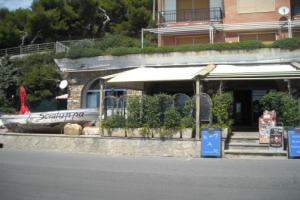 La Scialuppa Restaurants in Liguria