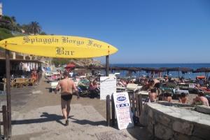 Spiaggia Borgo Foce Beaches in Liguria