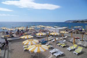 Bagni la Brezza Beaches in Liguria