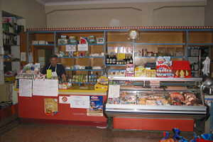 Ugo Grocery store in Liguria
