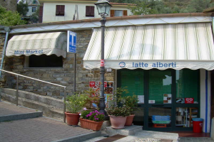 Mini Market Grocery store in Liguria