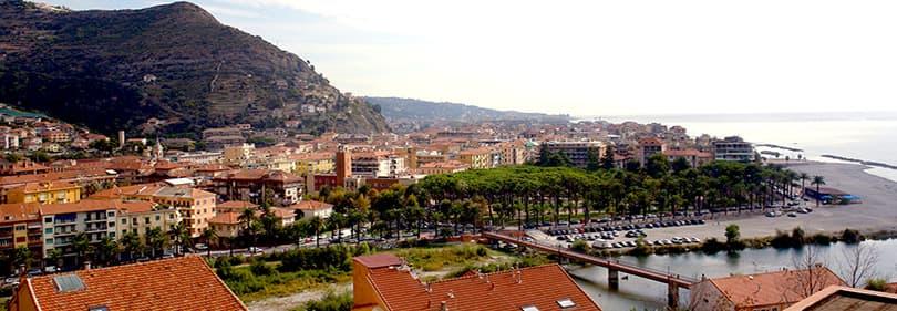 Blick aus Ventimiglia, Ligurien