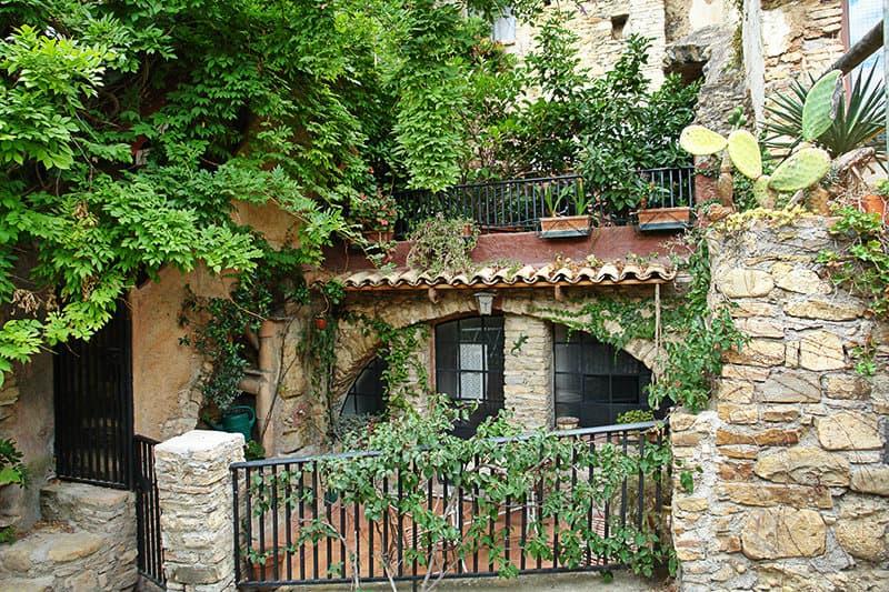 Medieval house in Bussana Vecchia