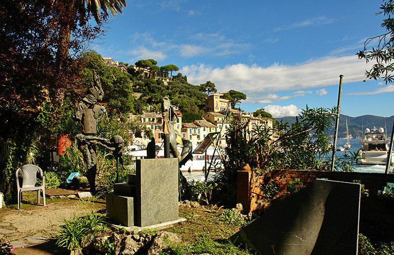 Een prachtig uitzicht op Portofino en de haven