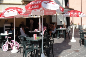 Cafe am Piazza Gugiliemo Marconi Cafes in Liguria
