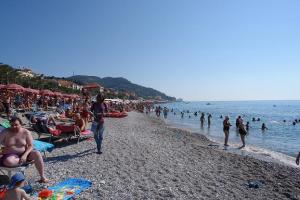 Royal Cani Beaches in Liguria