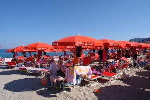 Blue Bay Beach Bar Beaches in Liguria