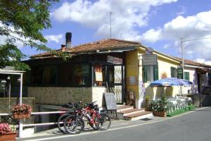 Trattoria Pizzaria Restaurants in Liguria