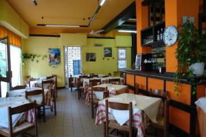 Pizzeria gg Restaurants in Liguria