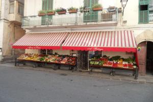 Alimentari A Bitega Grocery store in Liguria