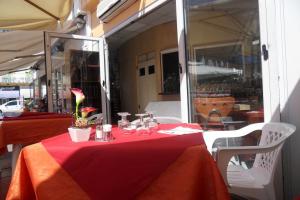 Il Profumo del Mostro Restaurants in Liguria