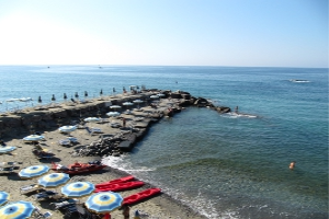 Bagni Lovera Beaches in Liguria