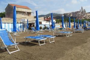 Bagni Tosco Beaches in Liguria