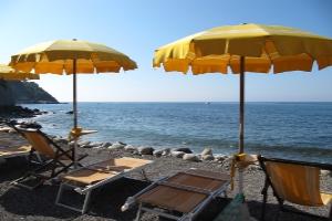 Cinque Moneglia Beaches in Liguria