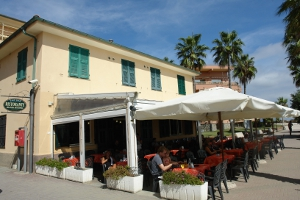 Emy Bar Restaurants in Liguria