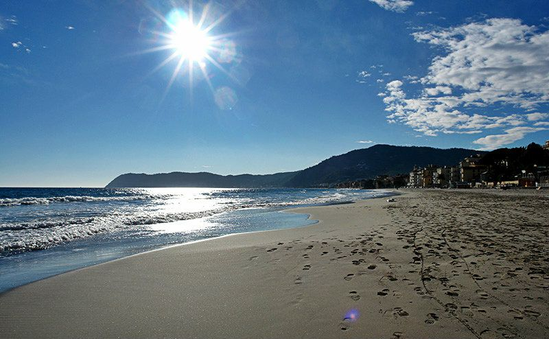 A beautiful sandy beach of Alassio