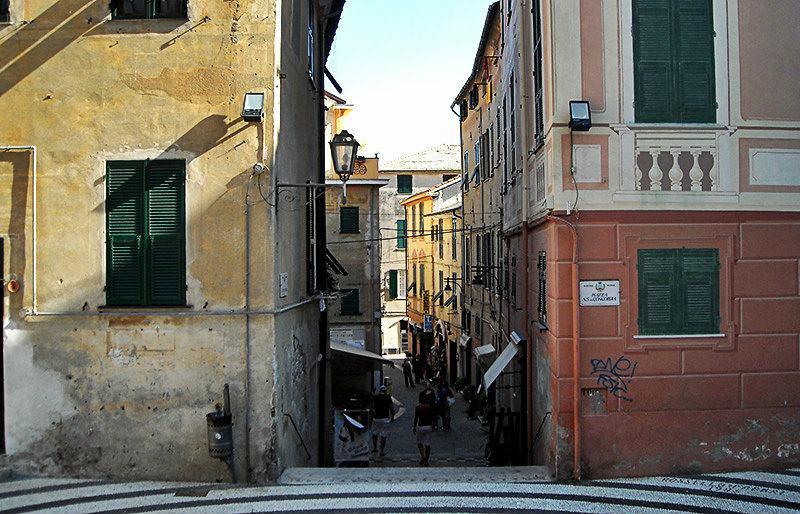 A romantic street in Albisola, Ligurien