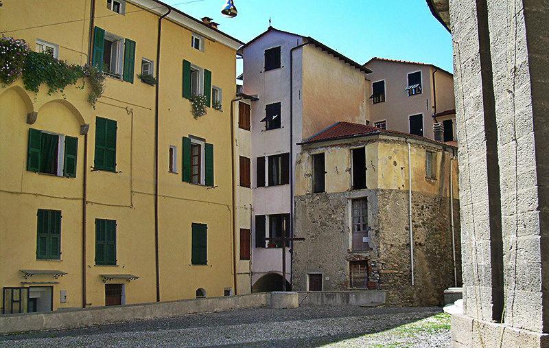 Piazza in Mendatica, Liguria