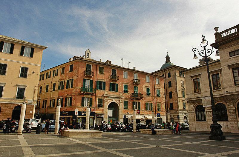 Piazza in Savona, Liguria
