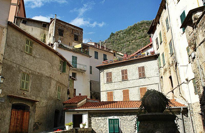 A beloved city center of Pigna in Liguria