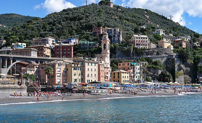 A beautiful view of a holiday destination Sori