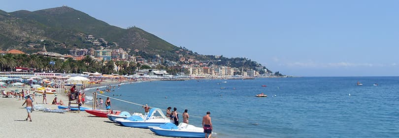 Strand in Varazze, Ligurien, Italien