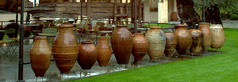 Vases in Museo dell'Olivo in Imperia